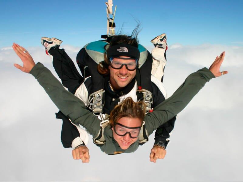 Saut en Parachute en Tandem près d'Auxerre à Saint-Florentin