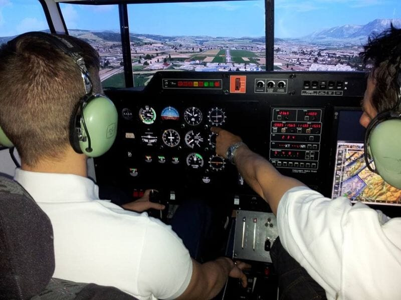 Simulateur d'Avion à Marseille - Initiation au Pilotage