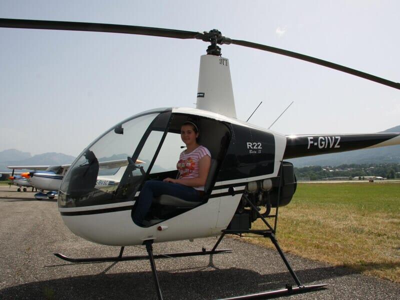 Baptême de l'Air en Hélicoptère près de Chambéry - Aéroport Chambéry Savoie Mont Blanc