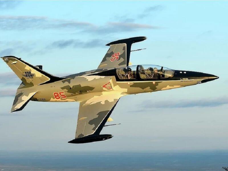 Volez en avion de chasse la roche sur yon - Avion de chasse en lego ...