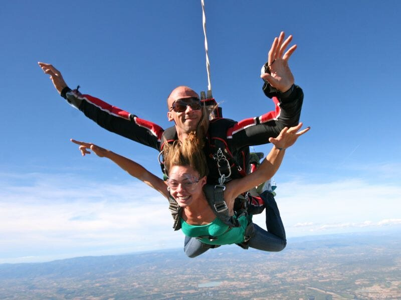 Saut en Parachute en Tandem à Aubenas