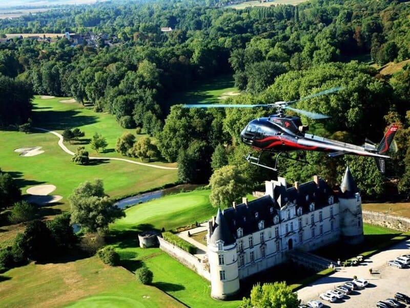 Baptême Hélicoptère à La Ferté Alais - Découverte des Châteaux de l'Essonne