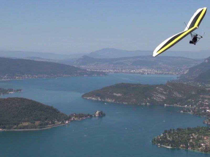 Bapteme De Deltaplane Au Dessus Du Lac D Annecy Haute Savoie 74