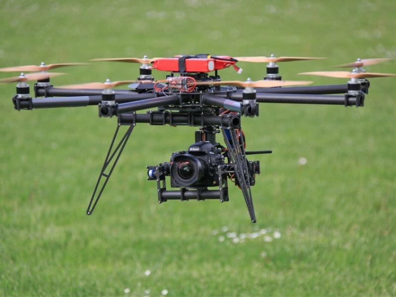 Stage de Pilotage de Drone à Nîmes - Initiation à l'Aérodrome de Nîmes-Courbessac