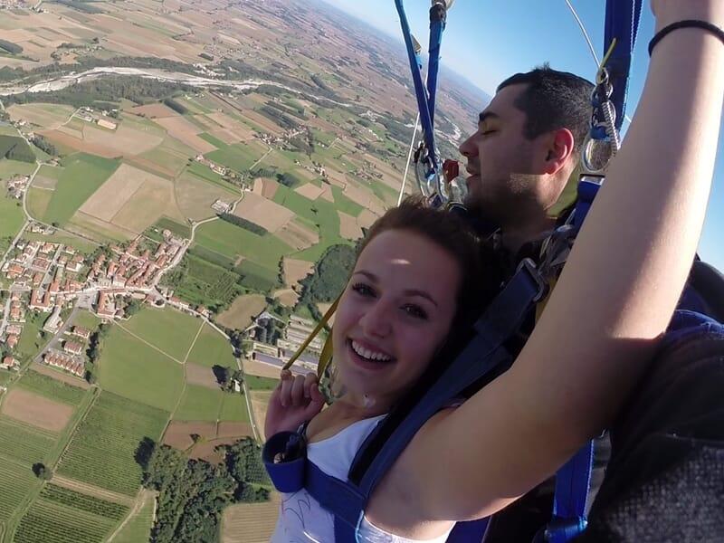 Saut en Parachute en Tandem près de Cannes
