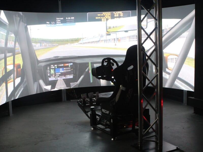 Simulateur de Pilotage Automobile et F1 à Bordeaux