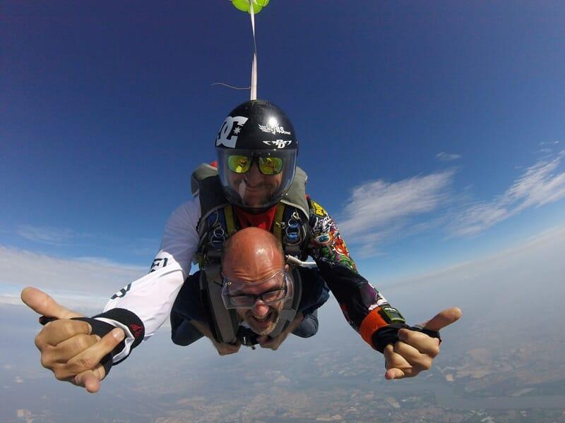 Saut en Parachute en Tandem près d'Avignon - Pujaut