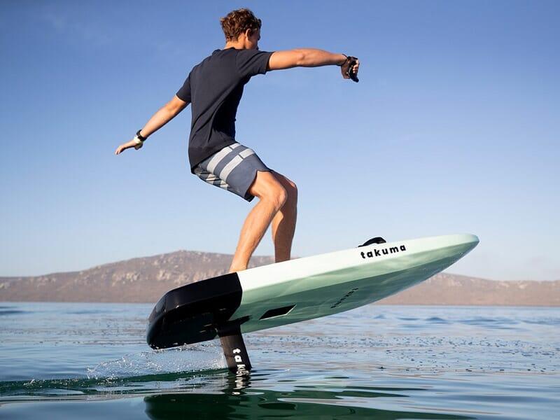 Surf Électrique à Quiberon - E-foil en Bretagne