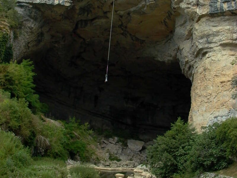 Saut à l'Élastique près de Toulouse - Grotte du Mas d'Azil