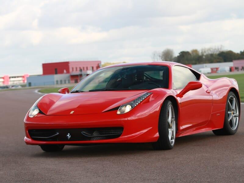 Stage de Pilotage Ferrari 458 Italia - Circuit d'Alès