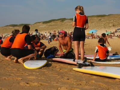 Surf - 1 Séance Découverte + 1 jour de mise à disposition du matériel