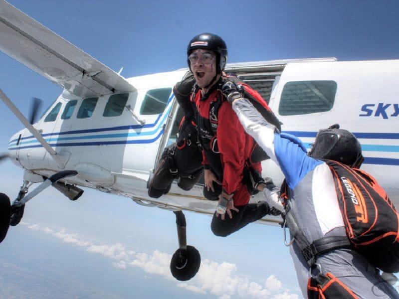 Saut d'Initiation au Parachute à Narbonne