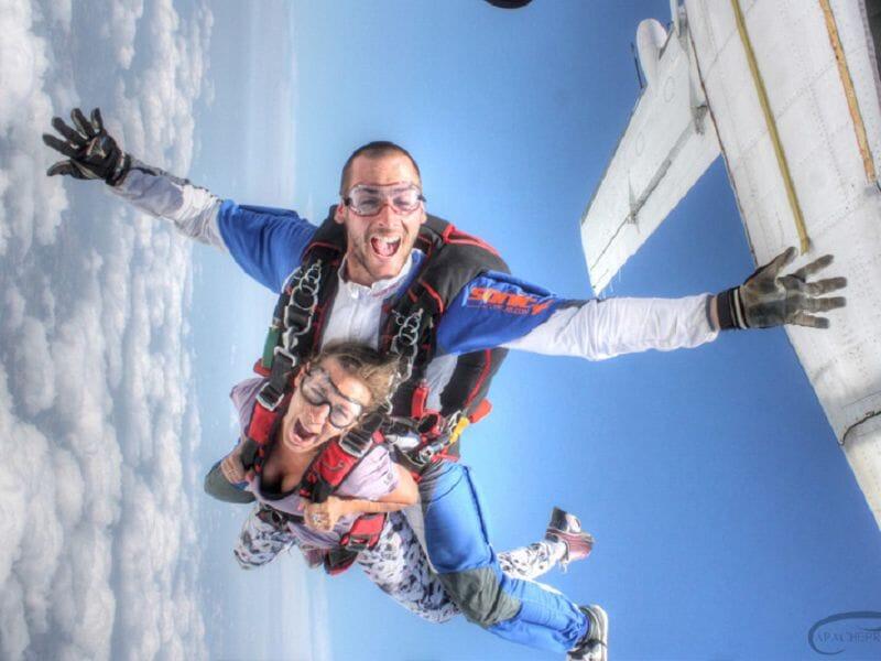 Saut en Parachute en Tandem à Castres
