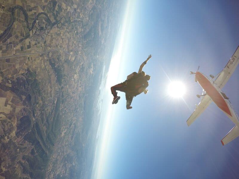 Saut en Parachute en Tandem près de Narbonne à Lézignan-Corbières