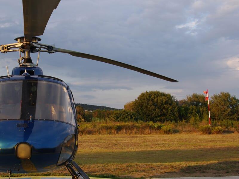 Baptême de l'Air en Hélicoptère dans les Pyrénées près de Foix