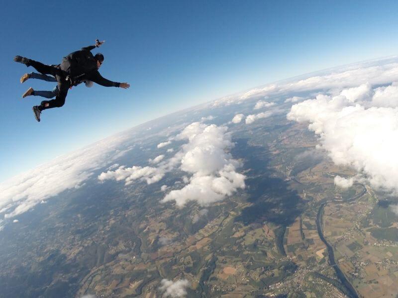 Saut en Parachute en Tandem près de Brive à Sarlat